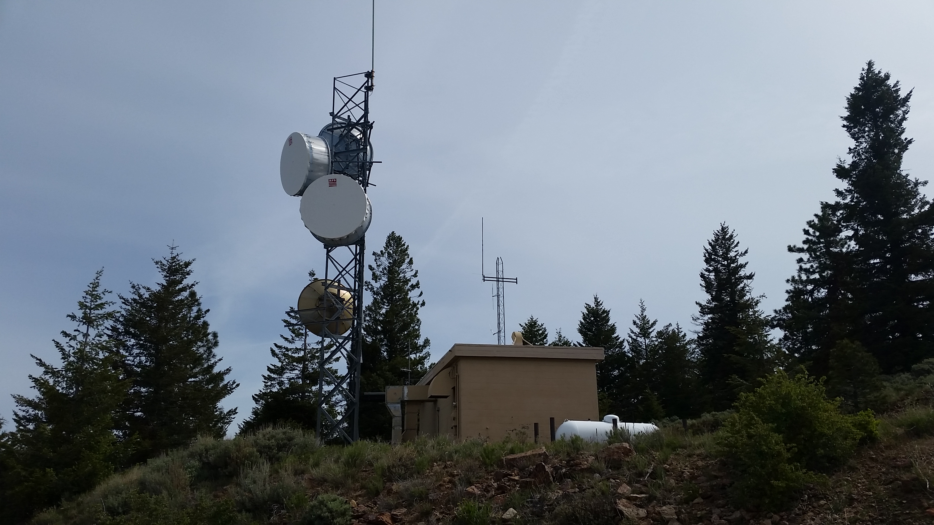 Day Wireless Systems Acquires 33 Communications Towers in the Northwest